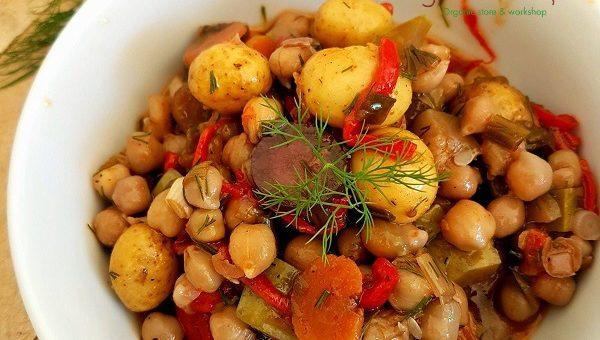 Лятна зеленчукова яхния с нахут