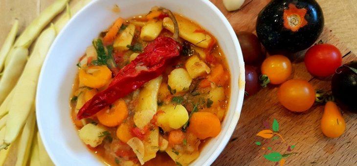 Селска яхния с жълт фасул и картофи