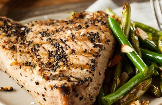Стек от дива риба тон с балсамико и мащерка- петфектната бърза вечеря