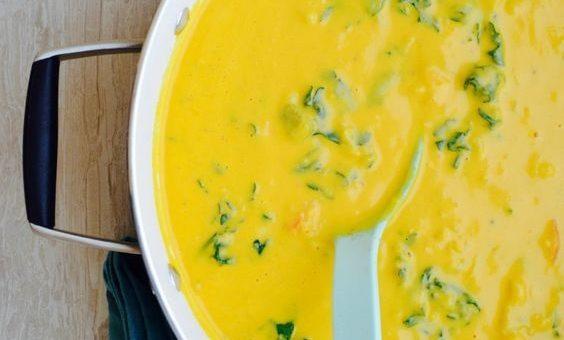 Златна крем супа от карфиол